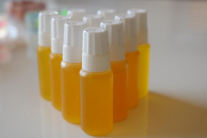 1dayレッスン・天然シルクのセリシン美容液作り
